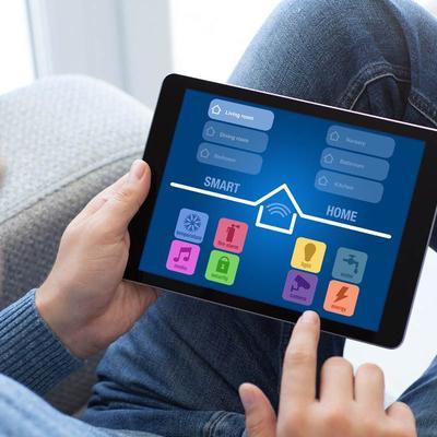 Smarthome - App auf einem Tablet